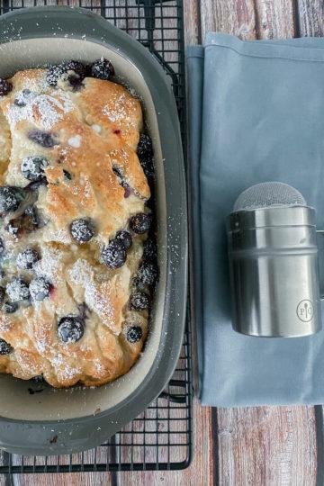 Ines Wuttke kocht mit Pampered Chef Blaubeer-Ricotta-Kuchen aus dem kleinen Zaubermeister.