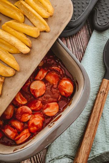 nes Wuttke kocht mit Pampered Chef Currywurst mit Pommes im Grundset