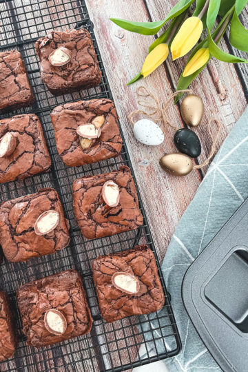 nes Wuttke kocht mit Pampered Chef Brownies Osterstyle in der Brownieform deluxe