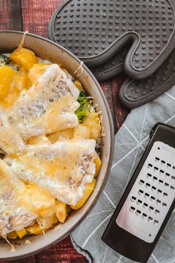 nes Wuttke kocht mit Pampered Chef Kabeljau-Brokkoli-Gratin aus der Stoneware rund